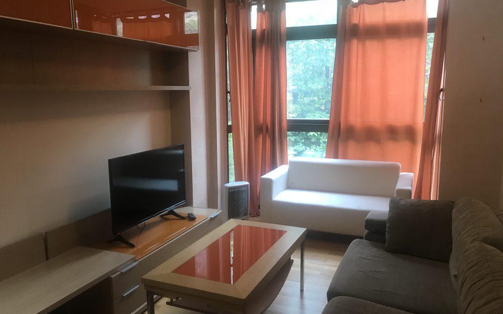 Apartamento con piscina comunitaria inmobiliaria t cnica for Piscina arturo soria